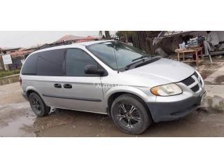 1999 Dodge Caravan Silver