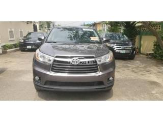 2014 Toyota Highlander Brown