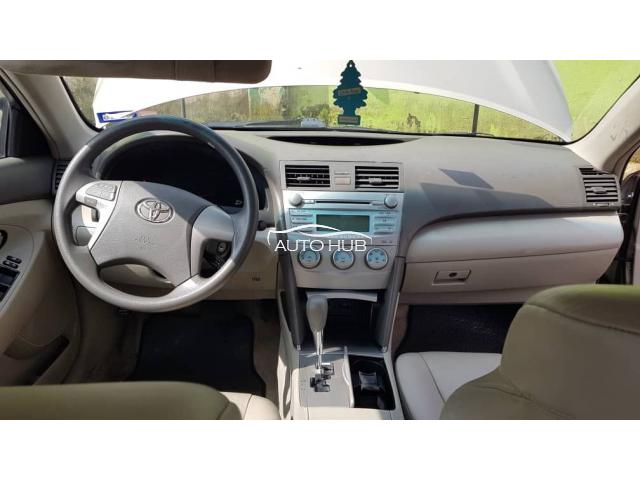 2009 Toyota Camry Gold