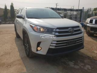 2018 Toyota Highlander White