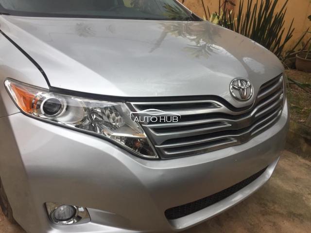 2010 Toyota Venza Silver