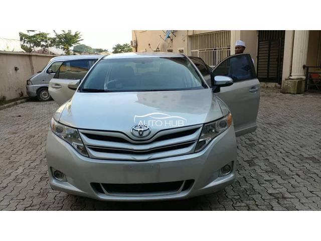 2014 Toyota Venza Silver
