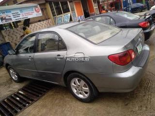 2004 Toyota Corolla Gray