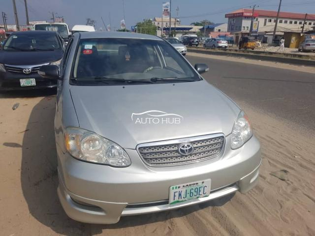 2004 Toyota Corolla Silver