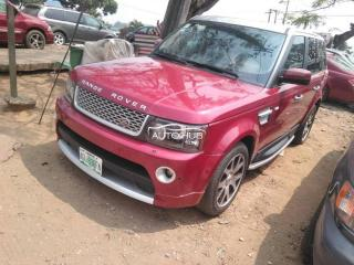 2010 Range Rover Sport Red