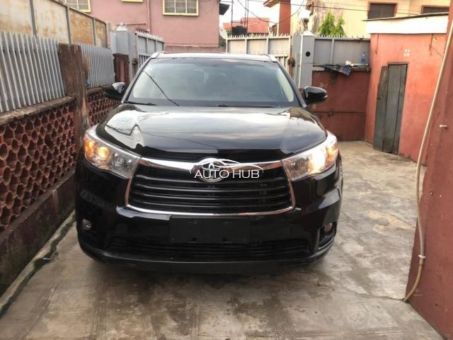 2016 Toyota Highlander Black