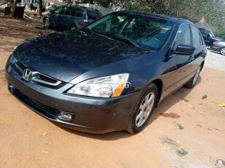 2005 Honda Accord Black