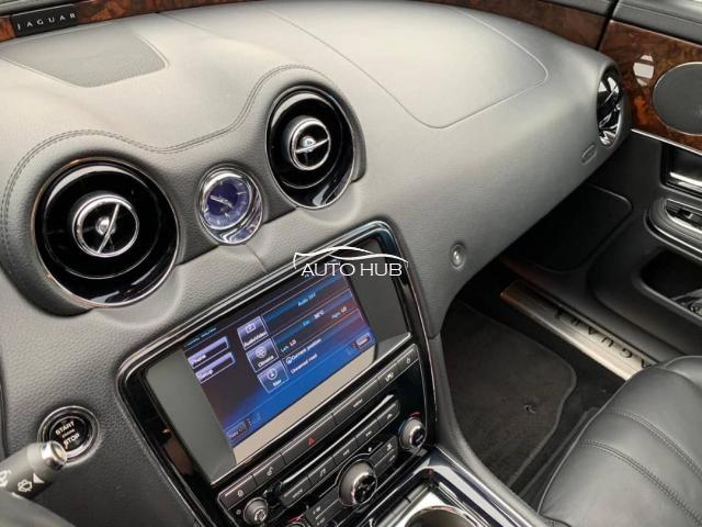 2012 Jaguar XJ8 Gray