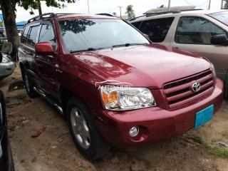 2005 Toyota Highlander Red