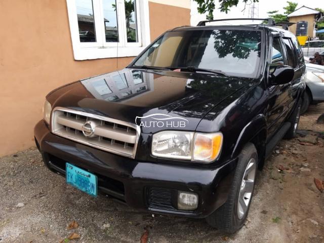 2002 Nissan Pathfinder Black