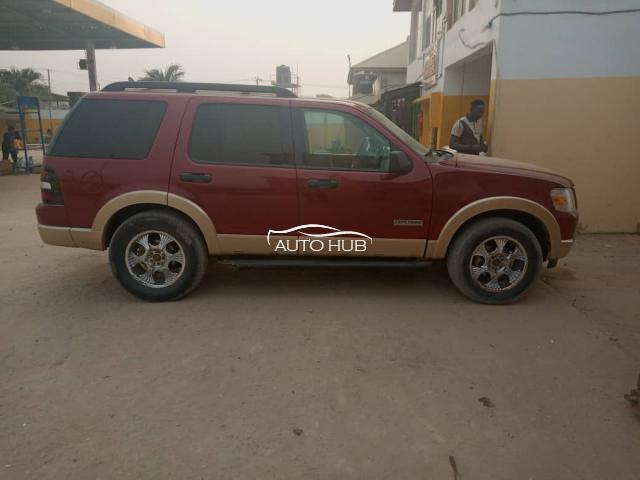 2005 Ford Explorer Red