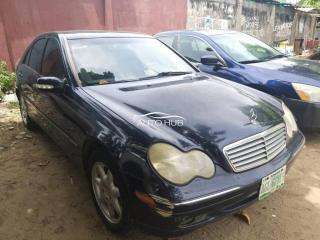 2004 Mercedes Benz C300 Black
