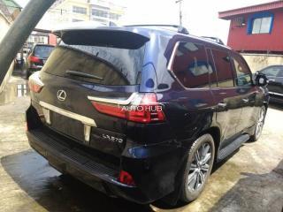 2016 Lexus LX 570 Black