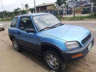 1999 Toyota Rav 4 Blue
