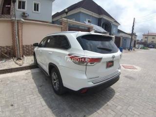 2014 Toyota Highlander White