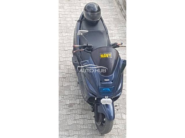 2001 Yamaha Majest YP 250