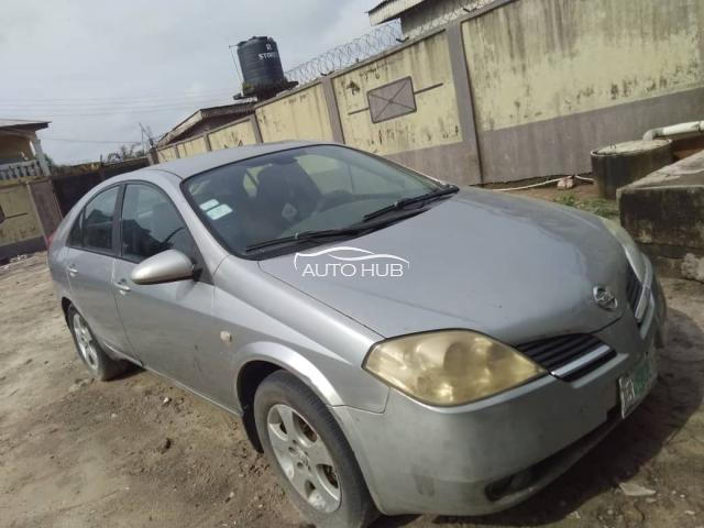 2009 Nissan Premier Silver