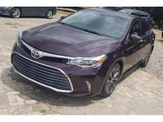 2017 Toyota Avalon Purple