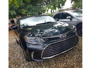2018 Toyota Avalon Xle Black