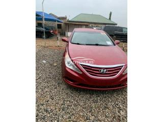 2013 Hyundai Sonata Red