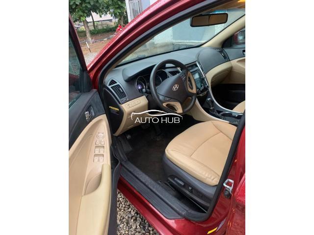 2013 Hyundai Sonata Red