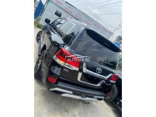 2021 Toyota Land Cruiser Black