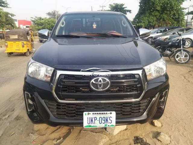 2018 Toyota Hilux Black