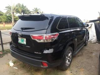 2015 Toyota Highlander Black