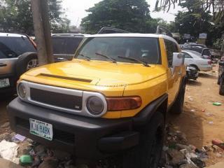 2008 Toyota FJ Cruiser Yellow