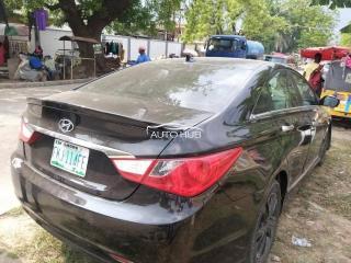 2011 Hyundai Sonata Black