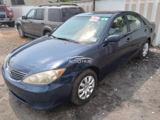 2004 Toyota Camry Blue