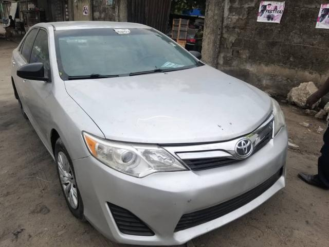 2014 Toyota Camry Silver