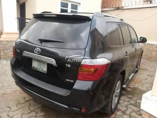 2009 Toyota Highlander Black