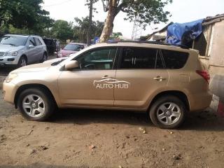 2011 Toyota Rav-4 Gold