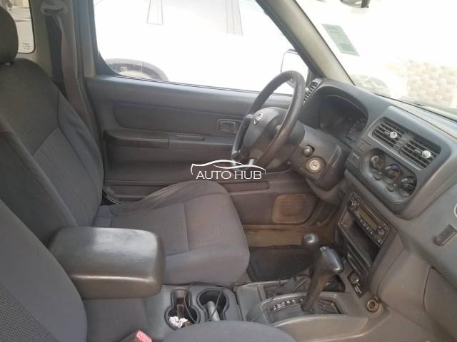 2004 Nissan Frontier Brown