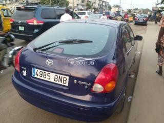 2000 Toyota Corolla Blue