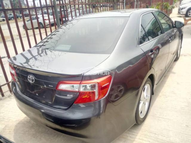 2013 Toyota Camry SE Grey