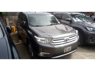 2009 upgraded 2012 Toyota Highlander sport Grey