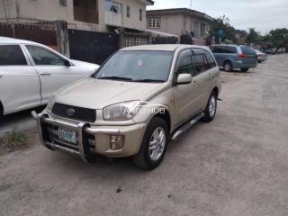 2004 Toyota Rav 4 Gold