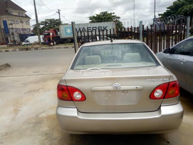 2003 Toyota Corolla LE Gold