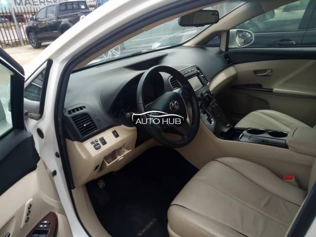2014 Toyota Venza XLE White