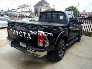 2013 Toyota Hilux SR5 Black
