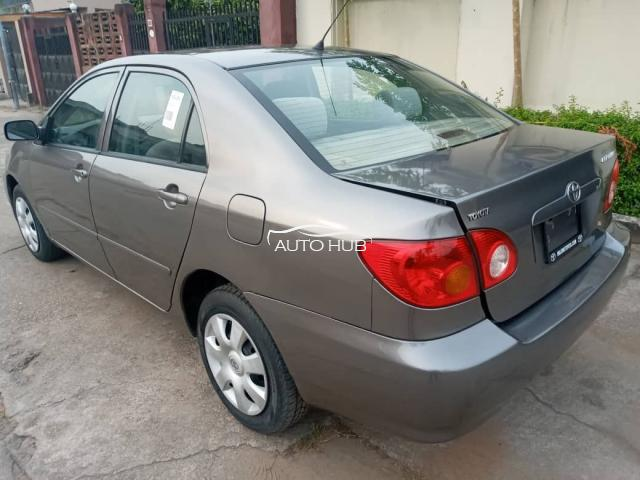 2004 Toyota Corolla LE Grey