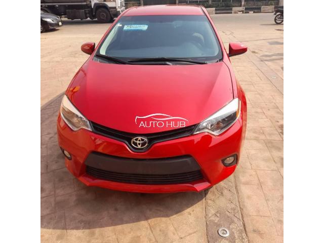2014 Toyota Corolla LE Red
