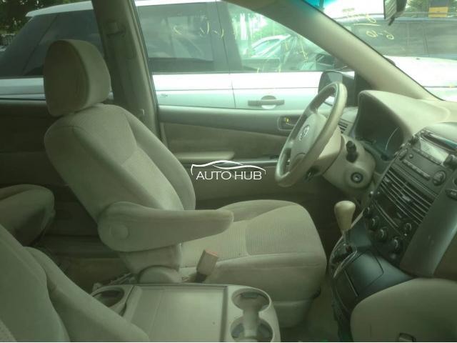 2006 Toyota Sienna black