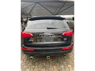 2010 Audi Q5 Black