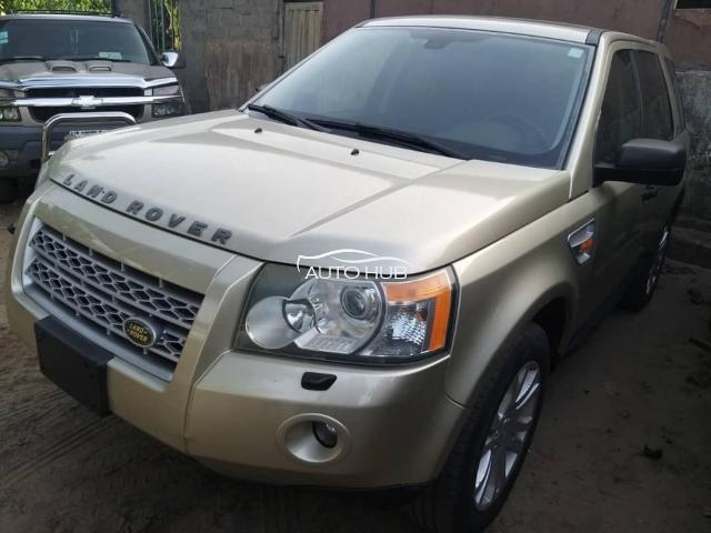 2007 Land Rover LR2 Gold