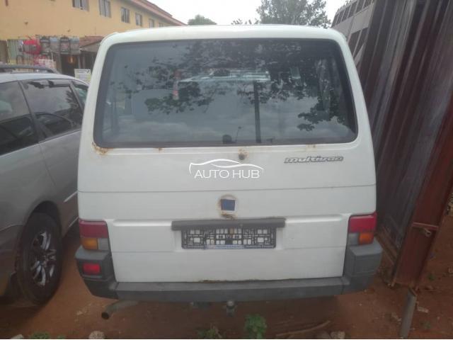 2000 Volkswagen Transporter White