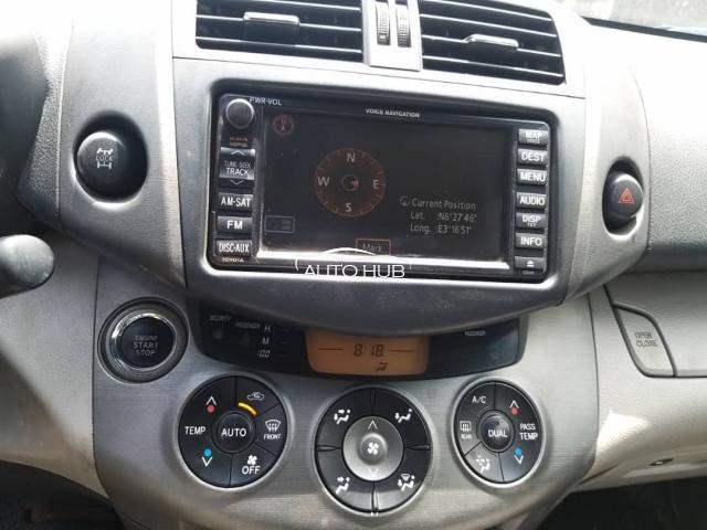 2011 Toyota 4 Runner Black