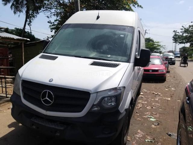 2014 Mercedes Sprinter White